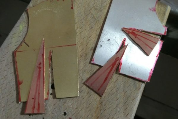 Broche - Proceso de trabajo con metal: Paso 2