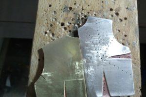 Broche - Proceso de trabajo con metal: Paso 8