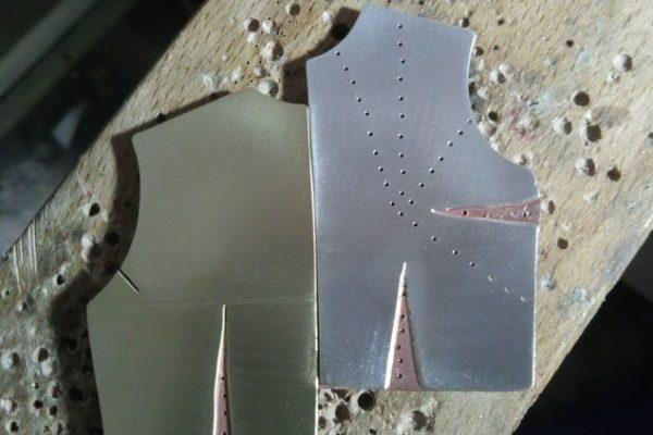Broche - Proceso de trabajo con metal: Paso 9